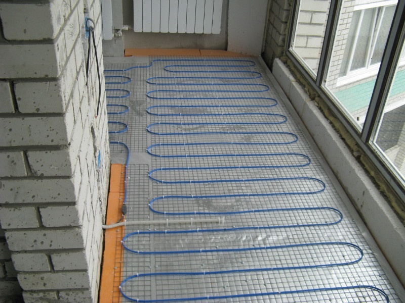 Как сделать теплее на балконе